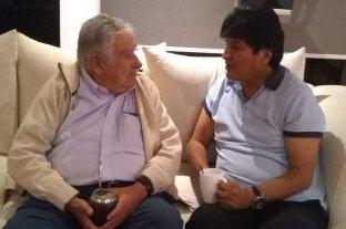 """""""Pepe"""" Mujica visitó a Evo Morales en México"""