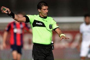 Andrés Merlos será el árbitro del partido entre Arsenal y Colón