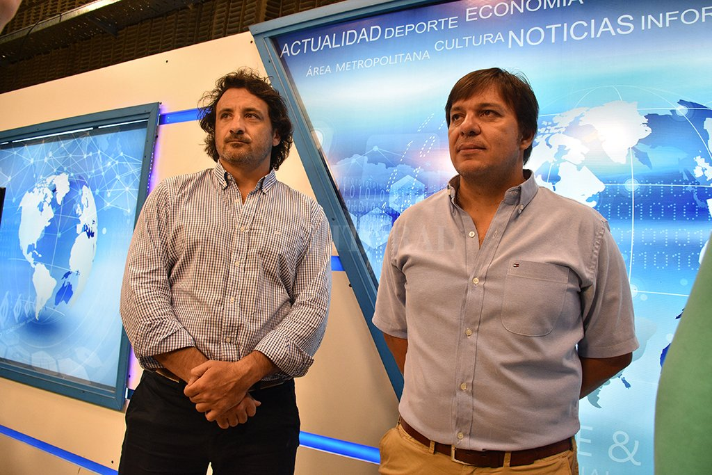 En Cable & Diario. Pablo Pfírter y Pablo Martegani, brindaron detalles sobre la tarea desarrollada por el Seleccionado de Seven de la Unión Santafesina de Rugby. Crédito: Guillermo Di Salvatore.