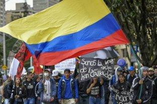 """Tercera huelga general y marcha contra el """"paquetazo"""" de Iván Duque en Colombia"""