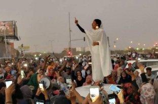 Derogaron una ley que privaba a las mujeres de vestir, hablar y trabajar con libertad en Sudán