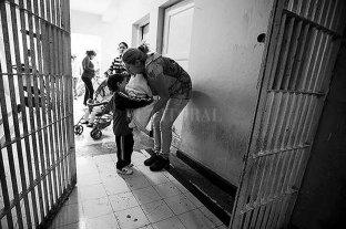 Cien mil nenes argentinos tienen al menos uno de sus padres preso