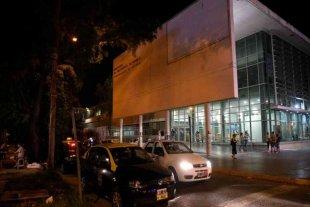 Violenta balacera en Rosario dejó un nene y un hombre heridos