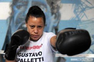 La argentina Esteche perdió en Nueva York por el título vacante Superligero
