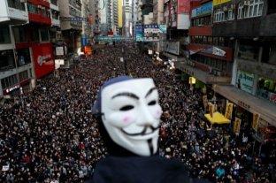 Otra masiva manifestación copa las calles de Hong Kong