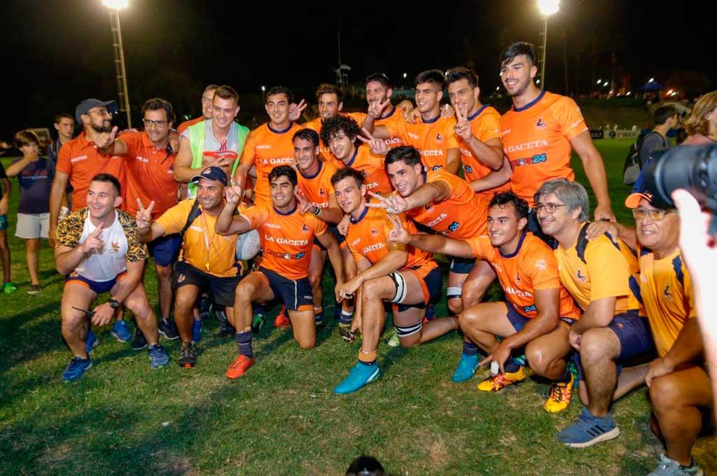 Se van a acostumbrando... Como en 2017, el Seleccionado de la Unión de Rugby de Tucumán conquistó el certamen de juego reducido más importante del país. Crédito: Gentileza Valentín Mariani