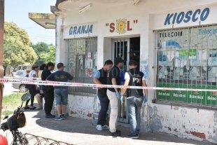 Asalto feroz: un comerciante y un ladrón fueron baleados