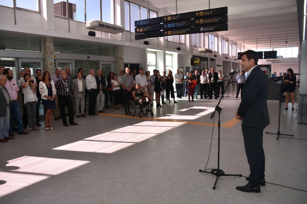 """Santiago Amézaga. El presidente del """"Ente Autárquico Aeropuerto de Sauce Viejo"""", en uno de sus últimos días a cargo del Aeropuerto Metropolitano Santa Fe.  <strong>Foto:</strong> Flavio Raina"""