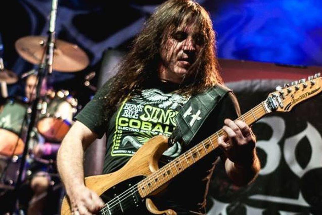 """El mítico """"Tano"""", referente de la guitarra metalera en la Argentina, con canciones como """"Olvídalo y volverá por más"""", que integra la placa tributada. Crédito: Gentileza producción"""