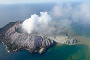 Estiman que pueden llegar a 14 los muertos por la erupción del volcán en Nueva Zelanda