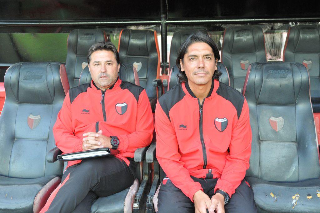 ablo Bonaveri junto a Marcelo Goux, el día en que ambos dirigieron al equipo ante Racing, antes de la asunción de Pablo Lavallén. <strong>Foto:</strong> Eduardo Seval