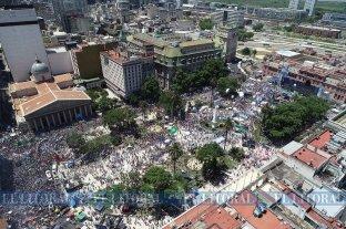 El Litoral con la gente en Plaza de Mayo