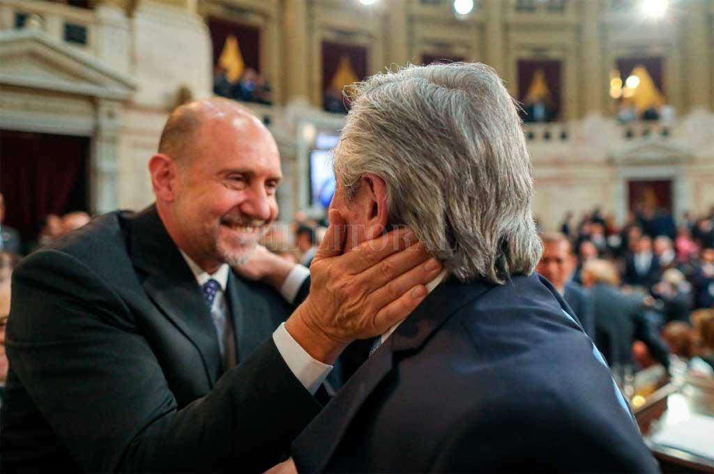 Alberto Fernández estará presente en la asunción de Perotti - Perotti en el Congreso, en la asunción de Fernández. Este miércoles, el flamante presidente estará en Santa Fe -