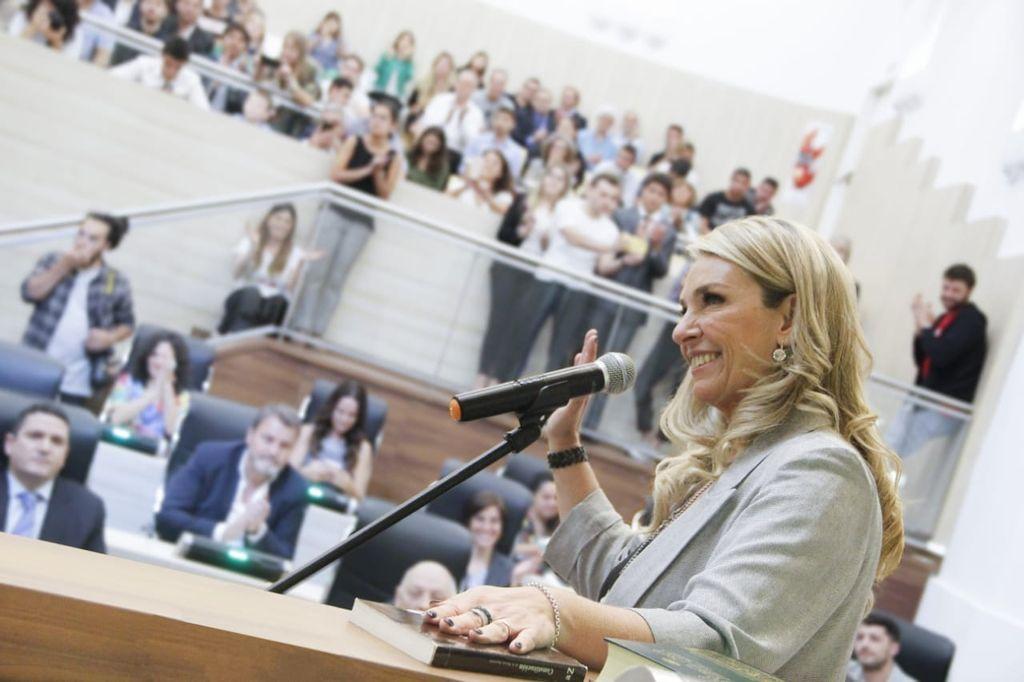María Eugenia Schmuck, presidenta del concejo rosarino. Crédito: Gentileza