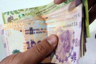 Ocho de cada diez argentinos esperan un bono para fin de año