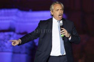 Desde 1994 se dictaron 700 DNU: Fernández ya firmó el primero -