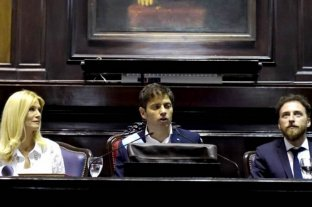 Kicillof asumió como gobernador y dijo que declarará la emergencia en la provincia de Buenos Aires