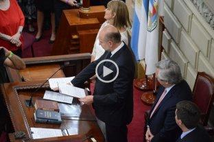 Así fue el juramento de Omar Perotti como gobernador de Santa Fe