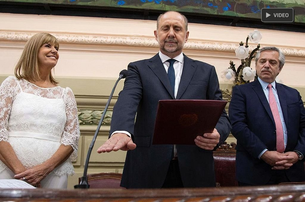 """Omar Perotti: """"A las crisis se las enfrenta y se las derrota"""" -  -"""