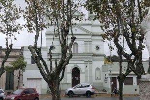 Una mujer denunció que quisieron violarla dentro de una iglesia