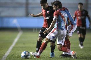 Colón cae ante Arsenal en Sarandí