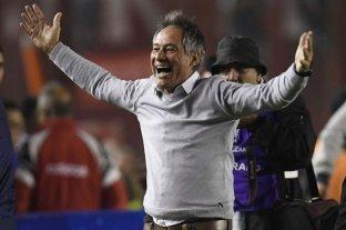 """Holan dijo estar """"conmovido y emocionado"""" por ser el nuevo DT de Universidad Católica de Chile"""