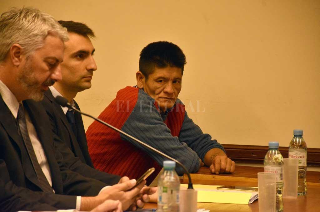 Agustín Samuel Espíndola, acusado de someter a su ex pareja y dos de sus hijos, a quienes tuvo cautivos en una ladrillería durante más de un mes. <strong>Foto:</strong> Guillermo Di Salvatore