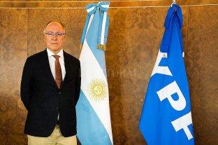Guillermo Nielsen asume como presidente de YPF