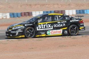 Pernía hizo la pole y sacó más ventaja para quedarse con el campeonato de Súper TC2000 - Leonel Pernía. -