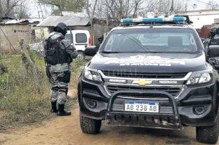Terminó el calvario de una mujer y sus pequeños hijos - La mujer y sus dos hijos estuvieron secuestrados entre julio y agosto de 2016 en una precaria casilla de barrio Santo Domingo, en la zona noroeste de la ciudad. Los rescató la policía.