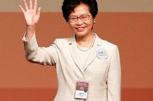 El presidente chino elogió a la gobernadora de Hong Kong, donde persisten protestas