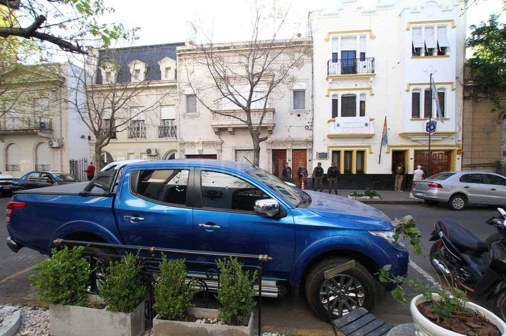 El 20 de septiembre la policía secuestró la camioneta Mitsubishi L200 de Valdés, donde se secuestró un bolso con resto de éxtasis. Crédito: Archivo El Litoral