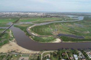 Desde el drone de El Litoral: así luce el vado, en medio de la histórica bajante