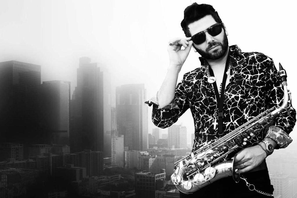 """""""Me gusta experimentar y hace un tiempo encontré la posibilidad de lograr un sonido diferente con el saxo 'más robótico', explicó el músico.  <strong>Foto:</strong> Gentileza producción"""