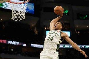NBA: los Raptors dieron vuelta un partido difícil y los Bucks son líderes