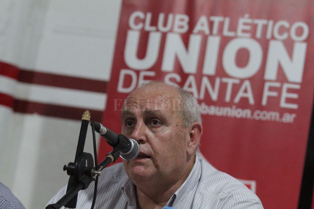 Con Spahn a la cabeza.  El propio presidente de Unión, Luis Sphan, se pondrá al frente de los socios en la asamblea del martes 7 de enero.  <strong>Foto:</strong> Pablo Aguirre