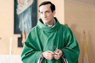 "Juan Minujín, el Bergoglio joven de ""Los dos papas"""