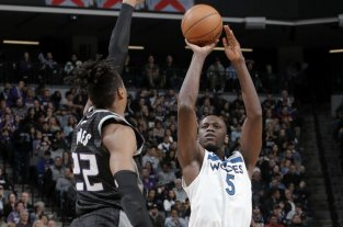 Minnesota Timberwolves le ganó a Sacramento Kings y cortó una racha de 11 derrotas