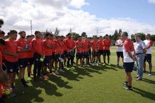 Pusineri brindó su primera práctica como entrenador de Independiente