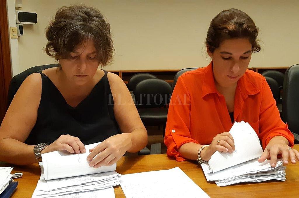 Fiscales Mariela Jiménez y María Laura Urquiza. <strong>Foto:</strong> Gentileza