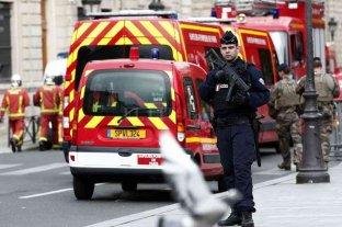 Un hombre acuchilló a varias personas en Francia antes de ser abatido