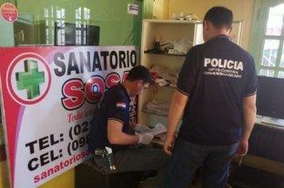 """Allanaron una clínica en Paraguay en una investigación por presunta """"red de tráfico de menores"""""""