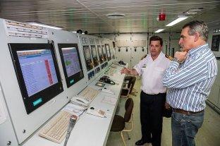 El gobierno planea incorporar un buque polar para acompañar al Irízar