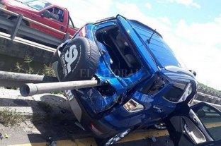 """Entre Ríos: camioneta """"empalada"""" en un accidente"""