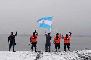 El ex combatiente de Malvinas zarpó en velero rumbo a la Antártida