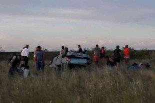 Un muerto y cuatro heridos tras volcar un auto en Mendoza