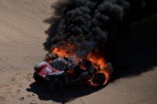 Imagen impactante: el primer accidente del Dakar