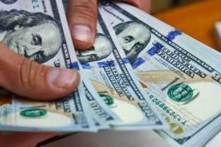 Afip reglamentó aplicación del impuestos a compra de divisas, bienes y servicios en el exterior
