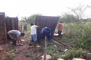 Tras un fuerte temporal de viento y lluvia, en Caimancito fueron evacuadas 60 personas