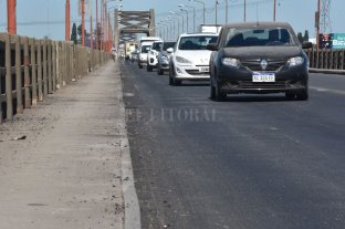Continúan con los trabajos en el Puente Carretero